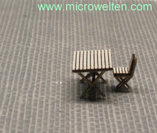 Gartentisch mit Stühlen H0