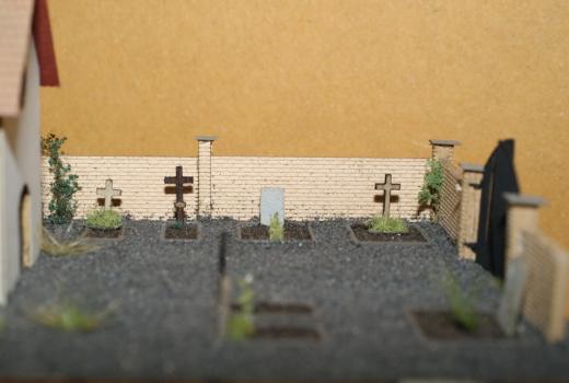 Grabsteine und Kreuze