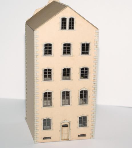 Jugendstilhaus mit Laden